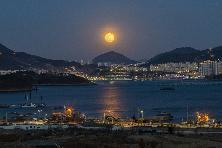 디오션의 보름달